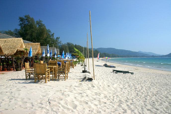 plyazh surin ostrov phuket